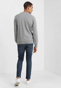 Calvin Klein Jeans - 026 SLIM - Jean slim - antwerp mid - 2