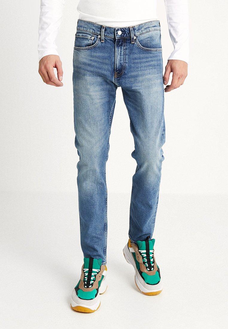 Calvin Klein Jeans - 016 SKINNY FIT - Jeans Skinny Fit - denim