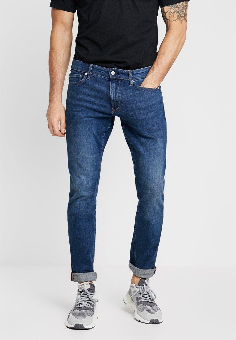 Calvin Klein Jeans - SLIM - Jeans Slim Fit - denim