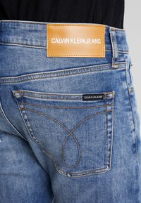Calvin Klein Jeans - 058 SLIM - Jeans slim fit - 135 blue - 4