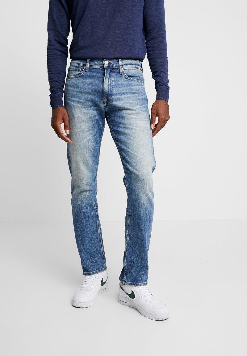 Calvin Klein Jeans - 035 STRAIGHT - Jeans Straight Leg - blue