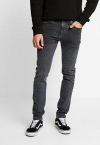 Calvin Klein Jeans - CKJ 016 SKINNY - Skinny džíny - ca080 grey - 0