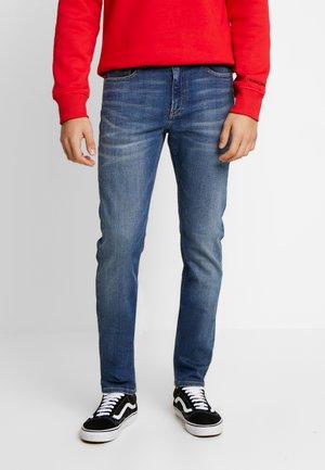 CKJ 058 SLIM TAPER - Skinny džíny - dark blue