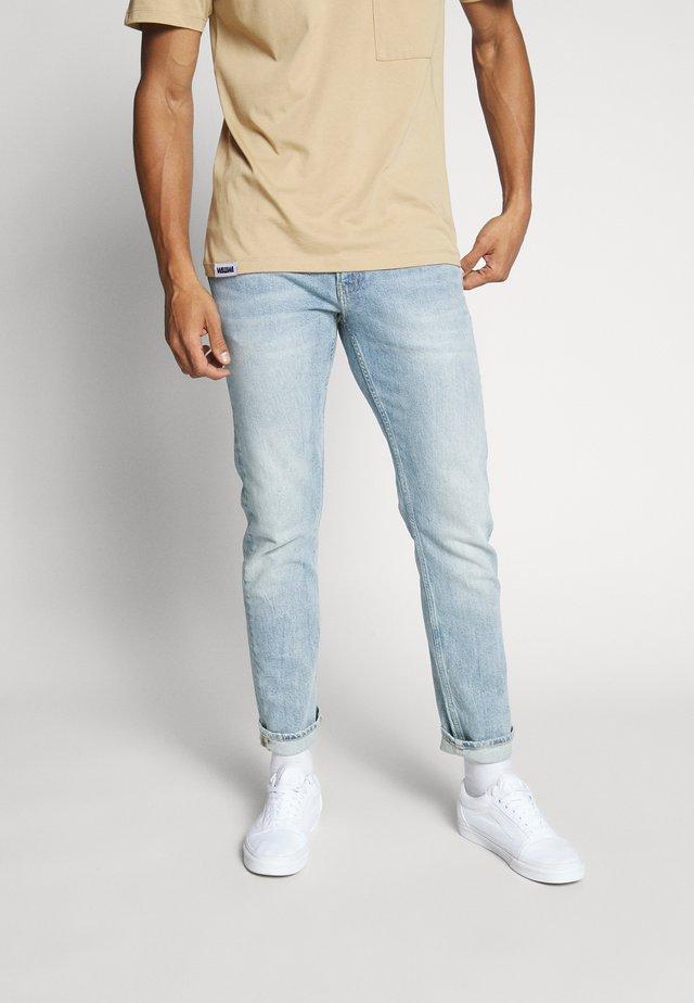 026 SLIM - Slim fit jeans - bleached blue