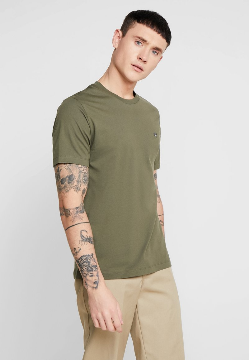 Calvin Klein Jeans - BADGE REGULAR TEE - T-Shirt basic - green