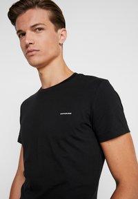 Calvin Klein Jeans - SLIM FIT 2 PACK - T-paita - black beauty - 4