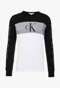 Calvin Klein Jeans - BLOCKING STATEMENT SLIM TEE - Long sleeved top - black/bright white - 4
