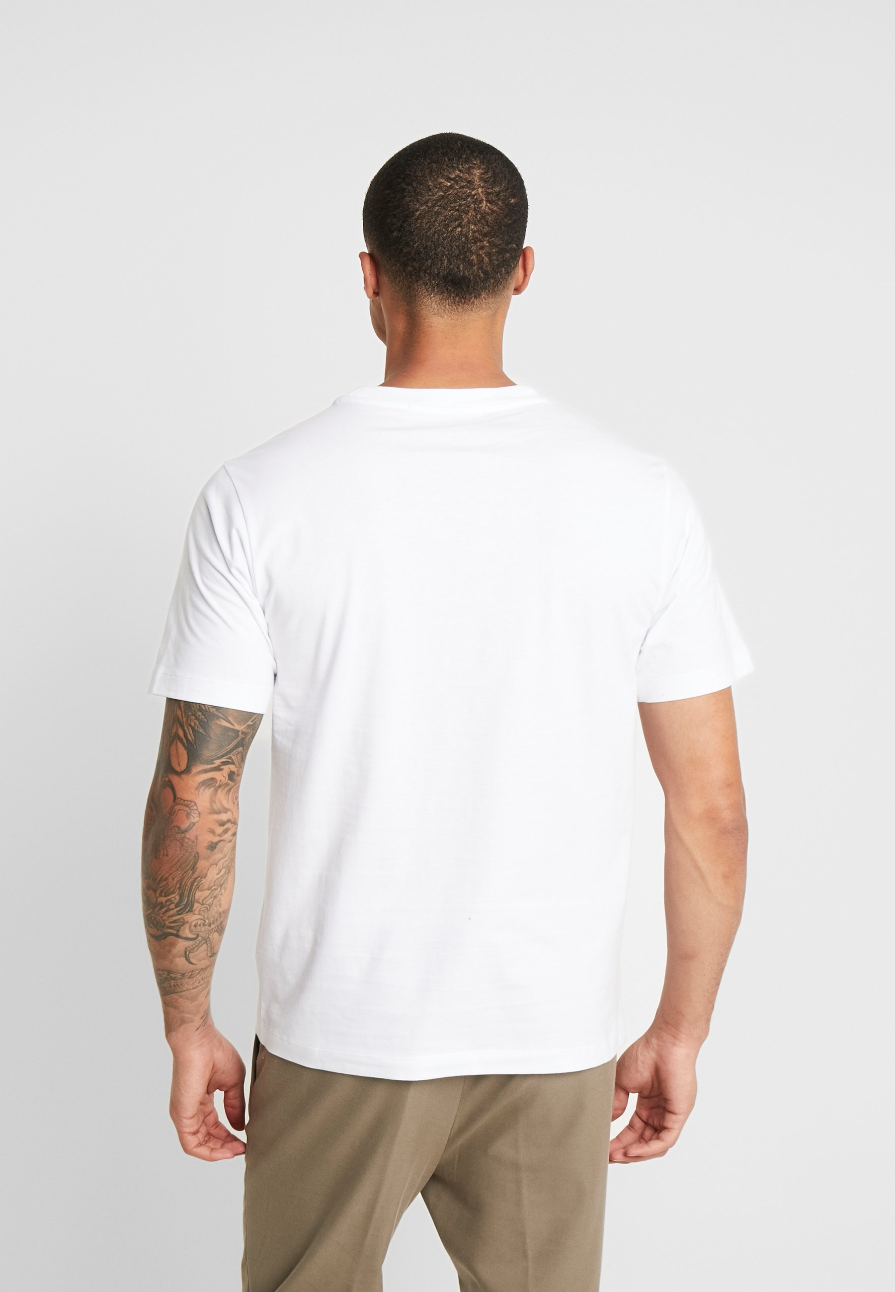 Calvin Klein Jeans Glossy Chest Photo Regular Fit Tee - Print T-shirt Bright White