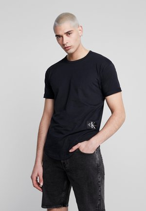 BADGE TURN UP SLEEVE - T-shirt basique - black