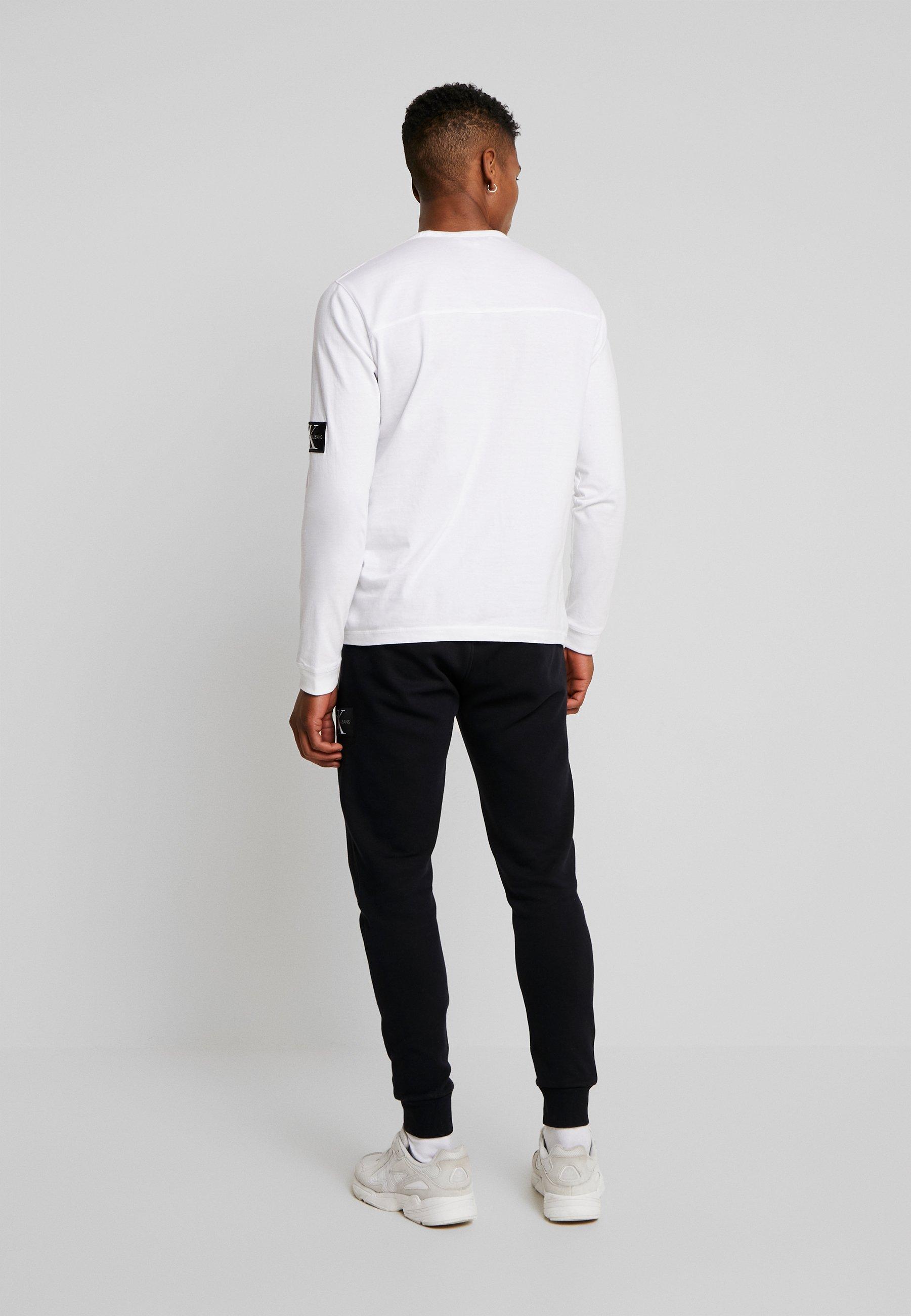 Calvin Klein Jeans BADGE SLEEVE CUFF - Bluzka z długim rękawem - bright white
