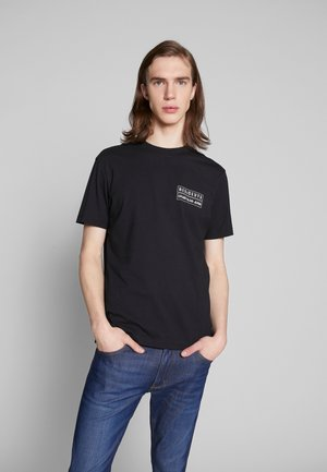GLOBE FLYER PRINT RELAXED TEE - Printtipaita - black