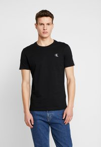 Calvin Klein Jeans - SLEEVES LOGO INSTIT TAPE  - T-shirt basique - black beauty - 0