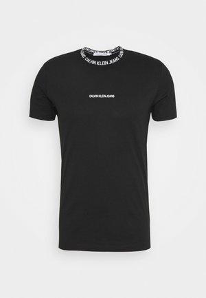 INSTITUTIONAL COLLAR LOGO - T-shirt imprimé - black