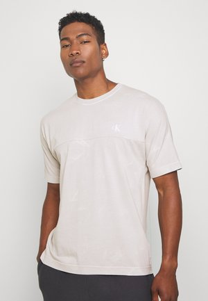 LAVA DYE TEE - Print T-shirt - antique grey