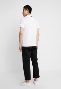 Calvin Klein Jeans - TIPPING BADGE PIMA STRETCH  - Poloshirt - bright white - 2