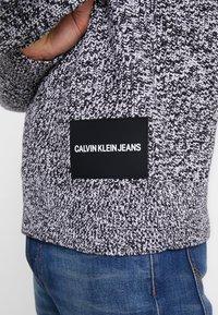 Calvin Klein Jeans - STITCH - Pullover - bright white/black - 4