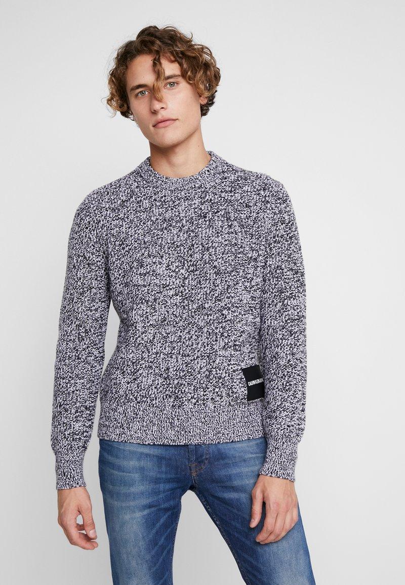 Calvin Klein Jeans - STITCH - Pullover - bright white/black