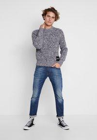 Calvin Klein Jeans - STITCH - Pullover - bright white/black - 1