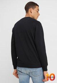 Calvin Klein Jeans - CORE INSTITUTIONAL LOGO - Sweatshirt - black - 2