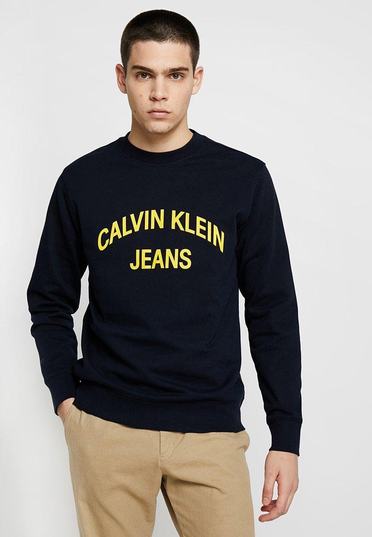 Calvin Klein Jeans - INSTITUTIONAL CURVED LOGO - Sweatshirt - blue