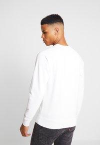 Calvin Klein Jeans - RELAXED MONOGRAM - Sweatshirt - bright white - 2