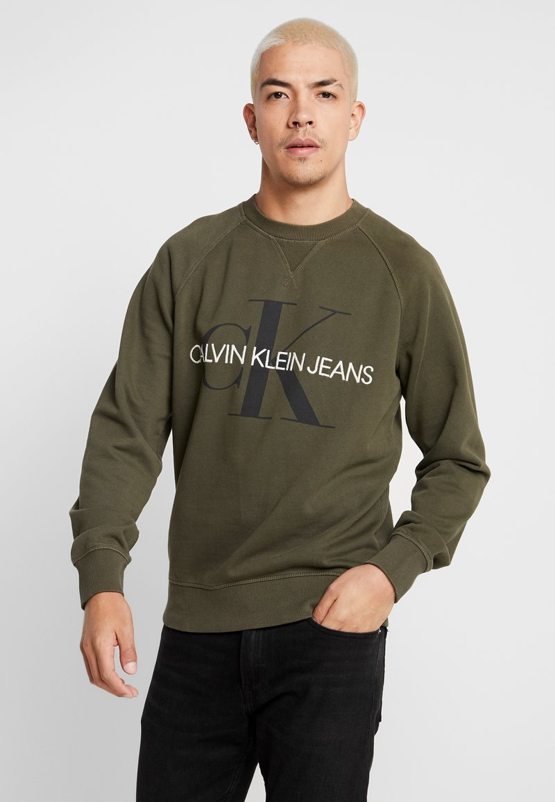 Calvin Klein Jeans - RELAXED MONOGRAM - Sweatshirt - grape leaf