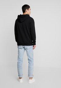 Calvin Klein Jeans - SMALL INSTIT HOODIE - Hoodie - black - 2