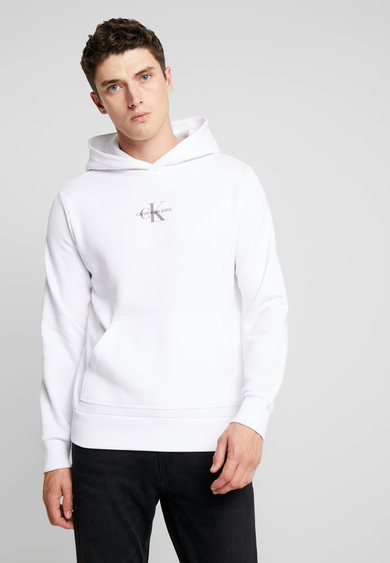 Calvin Klein Jeans - CHEST MONOGRAM HOODIE - Hoodie - bright white