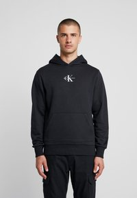Calvin Klein Jeans - CHEST MONOGRAM HOODIE - Sweat à capuche - black - 0