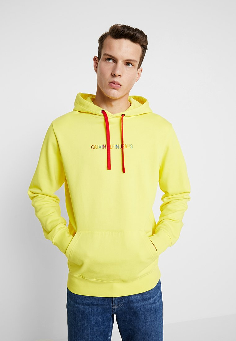 Calvin Klein Jeans - RAINBOW LOGO PRIDE - Hoodie - blazing yellow