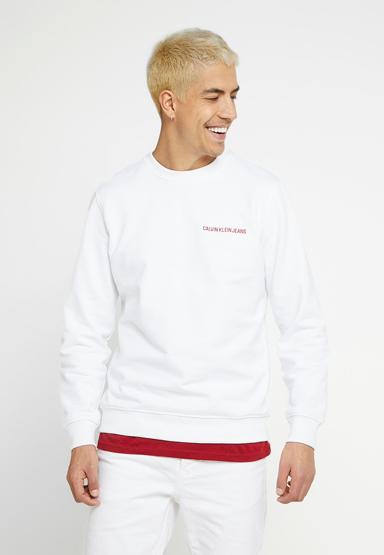 Calvin Klein Jeans - INSTIT BACK LOGO REPETITION CN PRIDE - Sudadera - bright white