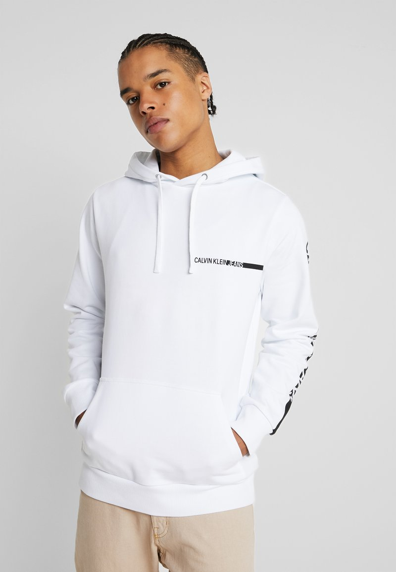 Calvin Klein Jeans - BOLD INSTITUTIONAL LOGO HOODIE - Hoodie - bright white