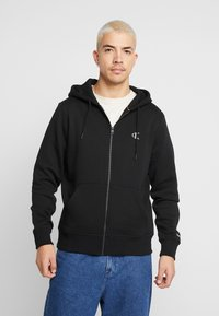 Calvin Klein Jeans - ESSENTIAL ZIP THROUGH - Mikina na zip - black - 0