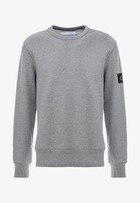 mid grey heather