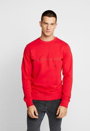 TAPING THROUGH MONOGRAM - Sweater - racing red