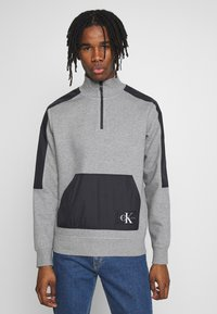 Calvin Klein Jeans - MIXED MEDIA MOCK NECK - Sweater - mid grey heather/black - 0