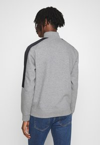 Calvin Klein Jeans - MIXED MEDIA MOCK NECK - Sweater - mid grey heather/black - 2