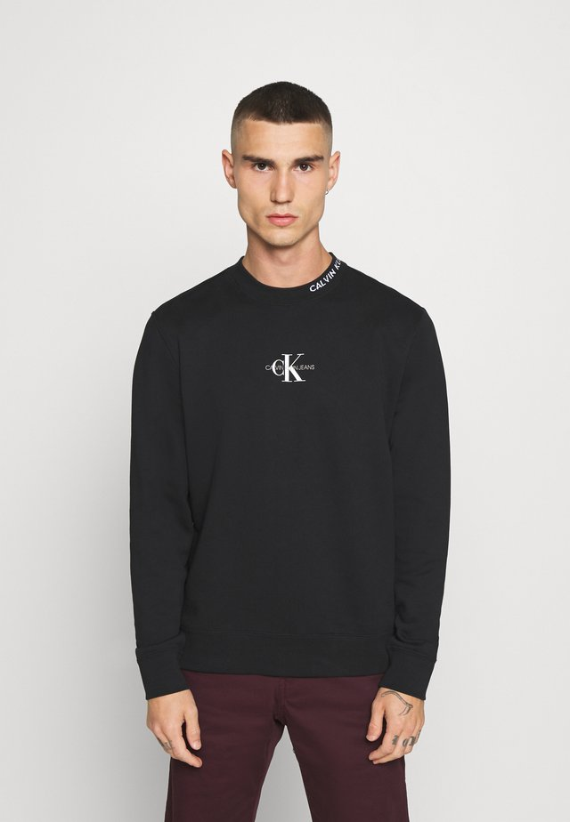 CENTER MONOGRAM CREW NECK - Sudadera - black