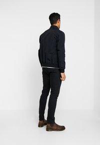 Calvin Klein Jeans - ZIP UP HARRINGTON - Chaquetas bomber - black - 2