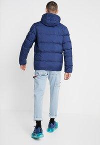Calvin Klein Jeans - HOODED DOWN PUFFER  - Vinterjakke - blue - 2
