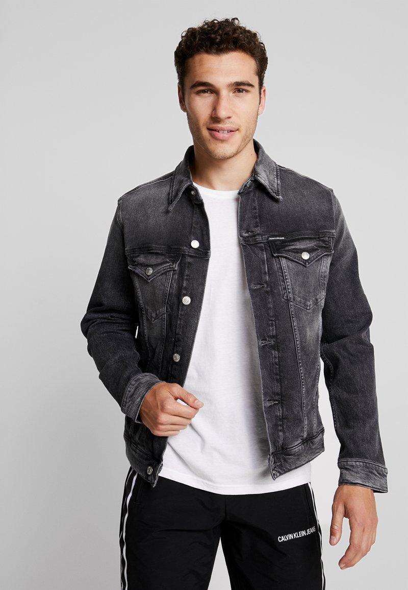 Calvin Klein Jeans - FOUNDATION SLIMJACKET - Jeansjacke - grey