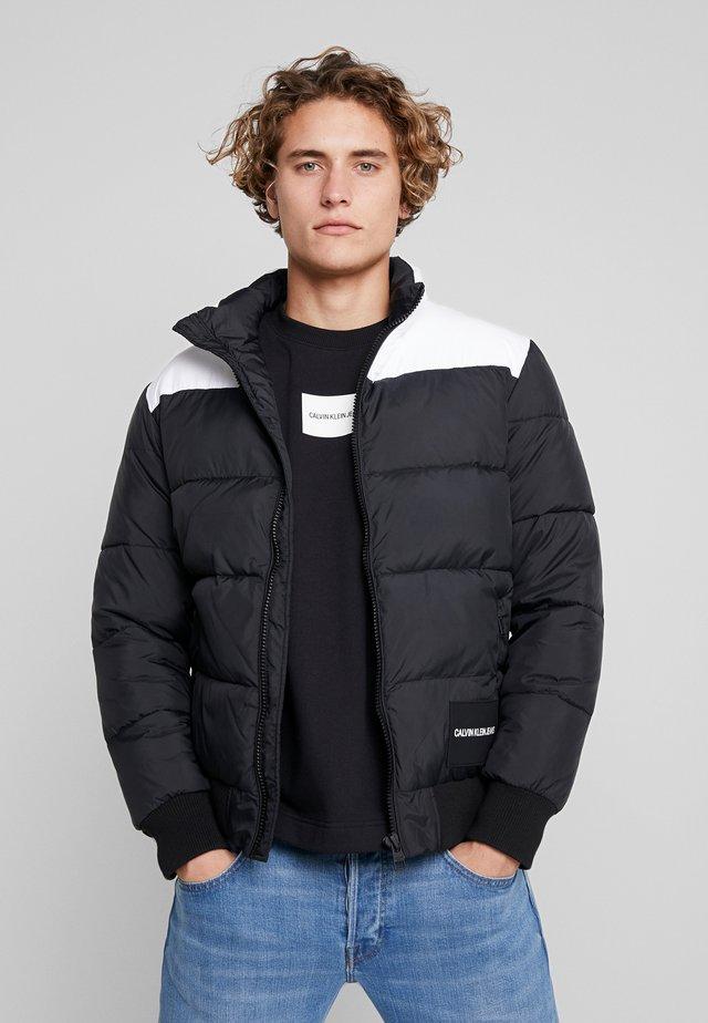 PADDED WESTERN PUFFER - Winterjas - black / white