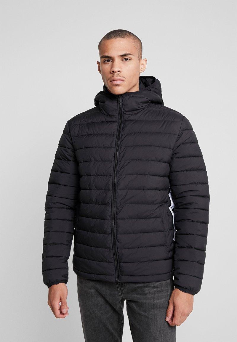 Calvin Klein Jeans - MONOGRAM TAPE PUFFER - Winterjacke - black/white