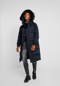 Calvin Klein Jeans - Daunenmantel - black - 1