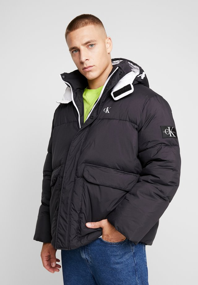 HOODED PUFFER JACKET - Winterjacke - black