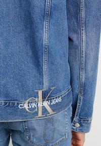 Calvin Klein Jeans - ICONICS OMEGA JACKET - Denim jacket - mid blue - 5
