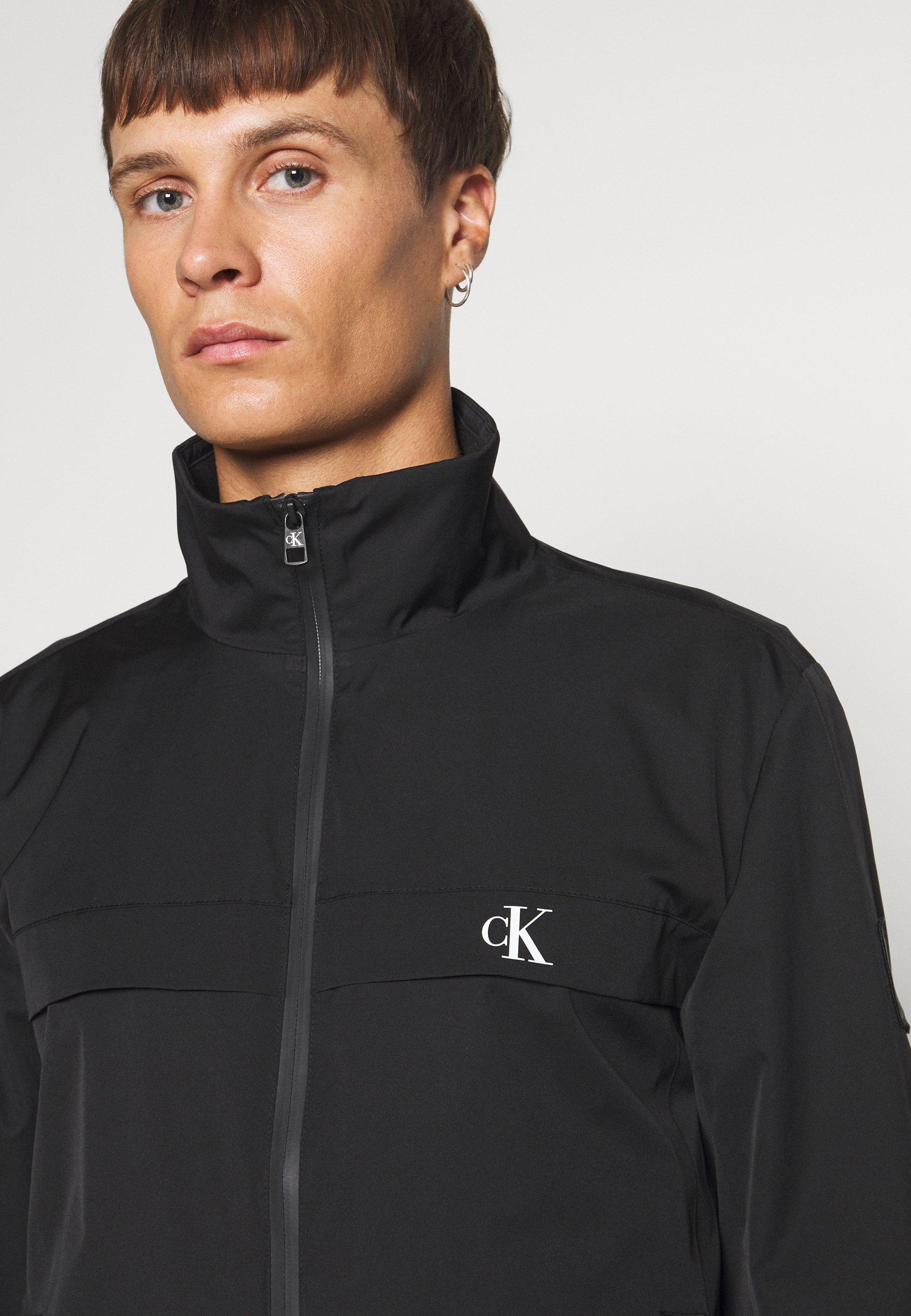 Calvin Klein SOLID MIX BACK LOGO JACKET Veste légère