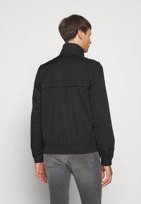 Calvin Klein Jeans - ZIP UP HARRINGTON - Veste légère - black - 2