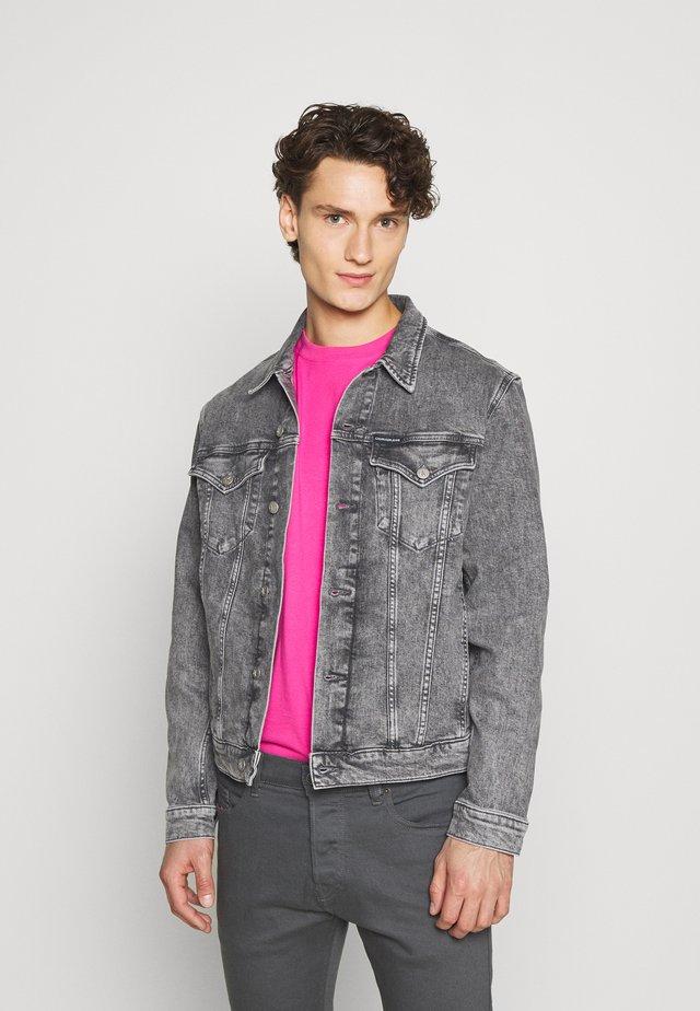 FOUNDATION JACKET - Veste en jean - grey