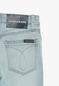 Calvin Klein Jeans - SKINNY HIGH RISE - Jeans Skinny Fit - vale light blue stretch - 2